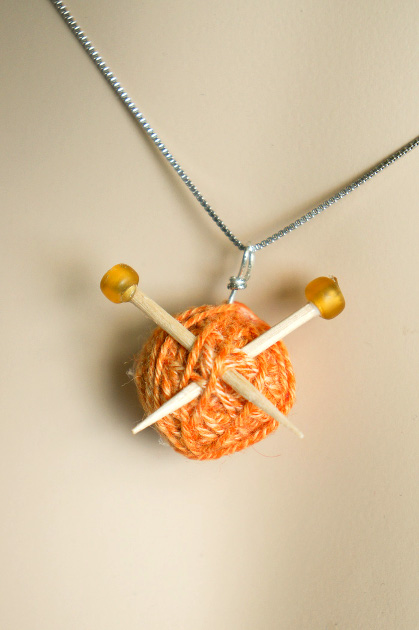 Knitter's Necklace at ThinkCrafts.com