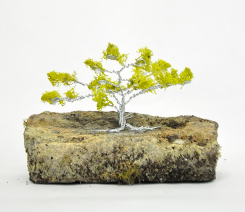 DIY Wire Tree with Moss