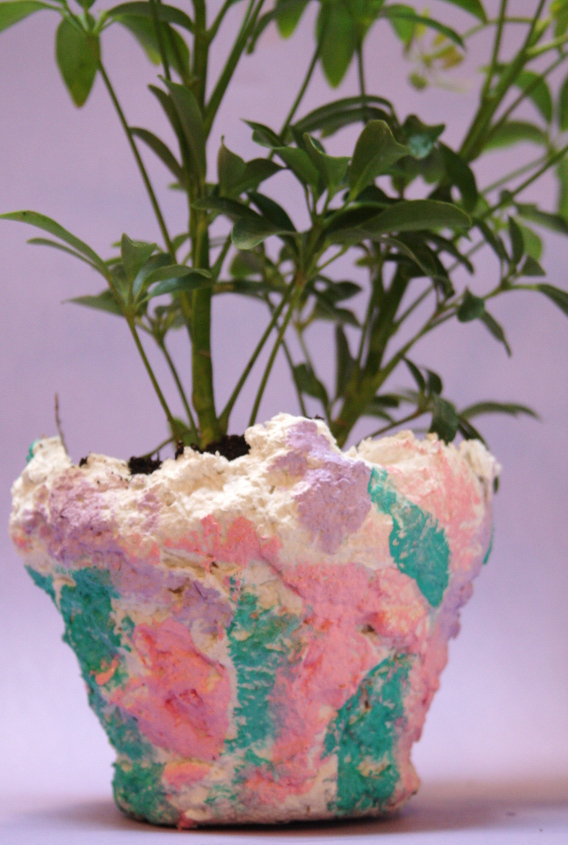 Kids and adults alike will love to create their own colorful planters with messy sculptamold!