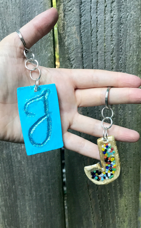 Make your own jewelry bezels from air dry clay!
